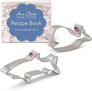 Ann Clark Cookie Cutters 2-Piece Marine Life Cookie Cutter Set with Recipe Booklet, Shark and Cute Whale