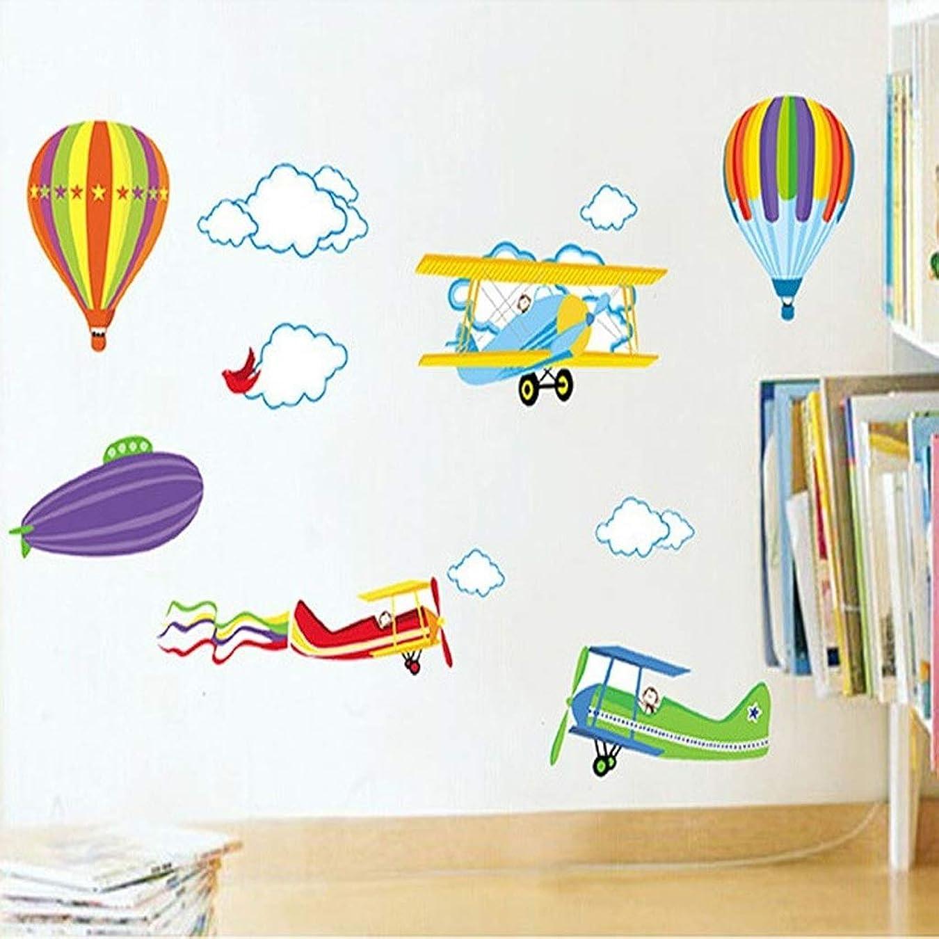 十分に雪アンカーYSYYSH 子供の漫画の壁のステッカーベビールームの装飾取り外し可能な保育園の子供部屋の壁デカール航空機と熱気球 壁ステッカー壁画