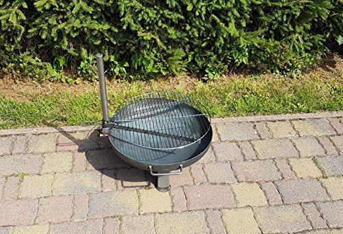 Grillrost Ø 50 cm für alle Feuerschalen ; Universell einsetzbarer Grillrost für alle Feuerschalen mit Höhenverstellung und Schwenkfunktion.