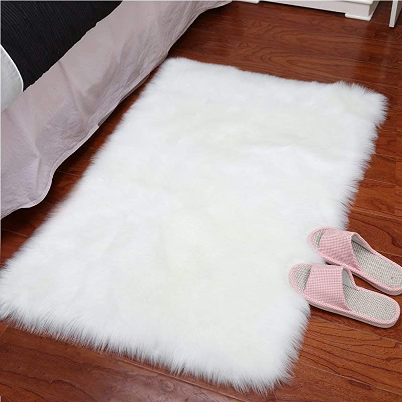 YJ GWL Super Soft Faux Sheepskin Fur Area Rugs For Bedroom Floor Shaggy Plush Carpet White Faux Fur Rug Bedside Rugs 2 X 3 Feet Rectangle