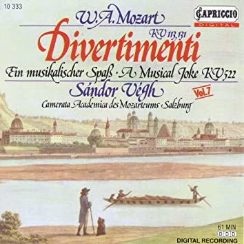 Mozart, W.A.: Divertimenti, K. 113 and 131 / A Musical Joke / Menuett, K. 122