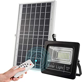 Outdoor Solar Flood Lights 30W, 1000 lumens IP67 Waterproof Solar Powered Flood Light, with Remote Control Switch, Dusk to Dawn Solar Security Light for Sign, Garden, Farm, Shed, Pool,Garageoo