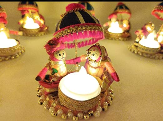 QUVYARTS Rajasthani Colorful Puppet Kathputli Marwari Couple Tealight Candle Holders for Table Dining Room Christmas Lighting Home Decoration Diwali Gifts Navratri Dussehra (Pack of 1)