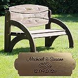 Geschenke 24 Hochzeitsbank mit Gravur B51E (Nussbaum, Ringe) Hochzeit, zum Hochzeitstag oder Jahrestag - Hochwertige Holz Gartenbank personalisiert aus massivem Fichtenholz