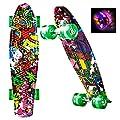 """WeSkate Mini Cruiser Skateboard Retro Komplettboard, 22"""" 55cm Vintage Skate Board mit Kunstsoff Deck und blinkenden LED-Rollen, Cruiser-Board mit LED Leuchtrollen für Erwachsene Kinder Jungen Mädchen"""