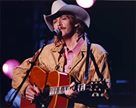 Alan Jackson Playing Guitar in Close Up Portrait Photo Print (10 x 8)