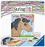 Ravensburger Creation 18119 String it Midi Horses – Illustrations de Fils créatives avec de Jolis Chevaux en Plastique et des Fils colorés, Blanc