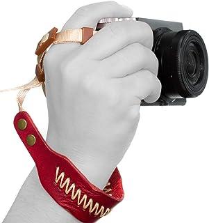 MegaGear Leder Handschlaufe   Komfortpolsterung, verbesserte Handgriff Stabilität und Sicherheit für alle Kameras (SLR/DSLR)   Eine Grösse passt Allen