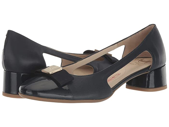 Amalfi by Rangoni  Richard (Deep Blue Parmasoft) Womens  Shoes