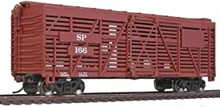 Walthers Trainline HO Scale Model Southern Pacific Stock Car, 40', Red