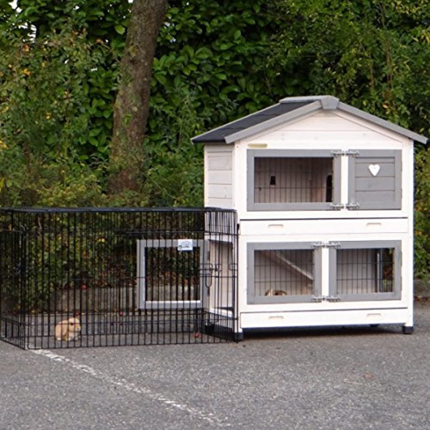 Rabbit house Excellent Small with antichewing whitegrey  with run Joey 195cm incl. run