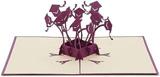 Favour Pop Up Grusskarte. Ein filigranes Kunstwerk, dass sich beim Öffnen als eine Vielzahl von Doktorhüten entfaltet. TC001