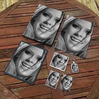 Avril Lavigne - Original Art Gift Set #js005 (Includes - A4 Canvas - A4 Print - Coaster - Fridge Magnet - Keyring - Mouse Mat - Sketch Card)