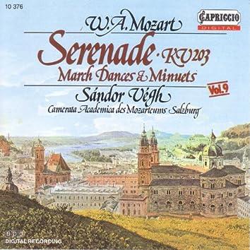 Mozart, W.A.: Serenade No. 4, K. 203 / Contredances / Minuets / German Dances