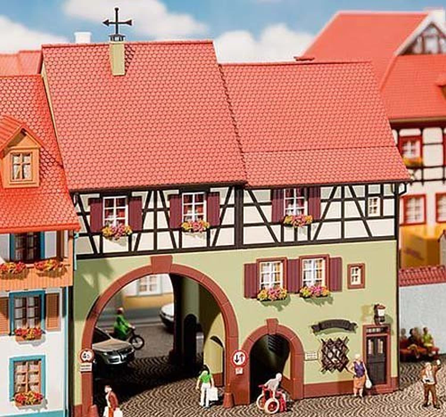 Faller 130499 H0 city house with gate by Faller