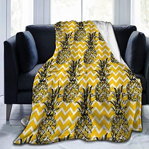 XINGAKA Manta de Franela Suave,Bosquejo Piña Oro Negro Blanco Patrón Zig Zag Elegante,Cama de Camping para sofá 204x153cm