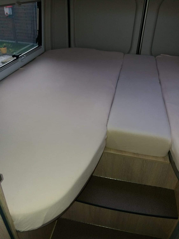 Fiducia Spannbettlaken 3er Set Für Wohnmobil Oder Wohnwagen Heckbett Single Jersey Platin Größe 70x190 Cm 85x210 Cm 2x 35x130 50x145 Grau Küche Haushalt