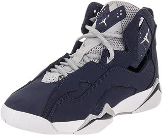 0273761a69e7 Amazon.com  Jordan - Sneakers   Shoes  Clothing