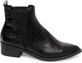 Womens Jerry Leather Pointed Toe Ankle, Black Croco, Size 6.5