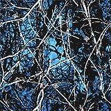 Blauer und schwarzer Baumwollstoff mit Bäumen und