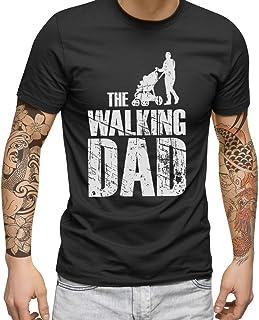 FABTEE The Walking Dad - Herren Fun T-Shirt | Plus 1 Gratis Aufkleber | Als Papa Geschenk zu Weihnachten, Geburtstag oder Vatertag | in Größen bis 4XL