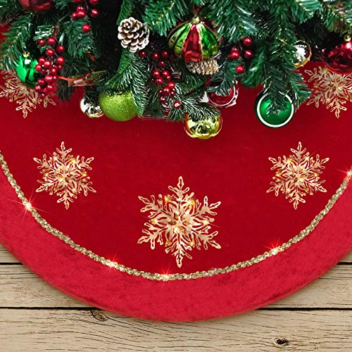 DAVID ROCCO Big Christmas Tree Skirt, 50 inches Luxury Red Gold Tree Skirt with Glistening Snowflake, Large Round Fashion Tree Skirt for Xmas Ornaments and Holiday Decorations