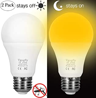 Amber Yellow Bug Light Bulbs Dusk to Dawn Light Bulb 6W A19 Outdoor Porch Lights Security Smart Sensor Lighting 2000K 40W Amber LED Auto on/Off Bugs Free E26 500 Lumens (2 Pack)