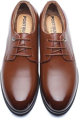 Une affaire d'hommes de chaussures en cuir, british creux, des chaussures en cuir,du cashmere marron,quarante - quatre