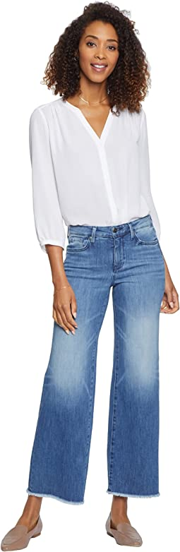 Teresa Trouser Ankle Jeans with Fray Hem in Calloway
