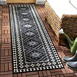 Safavieh Veranda Collection VER099-0421 Indoor/ Outdoor Black and Cream Southwestern Runner (2'3' x 8')