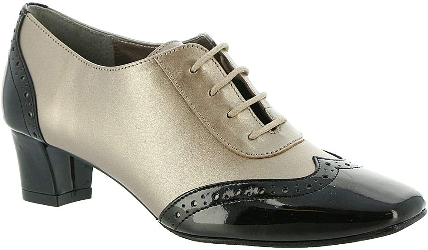 Auditions Womens First Class Square Toe Classic Pumps