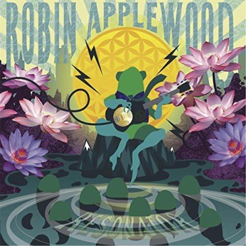 Robin Applewood