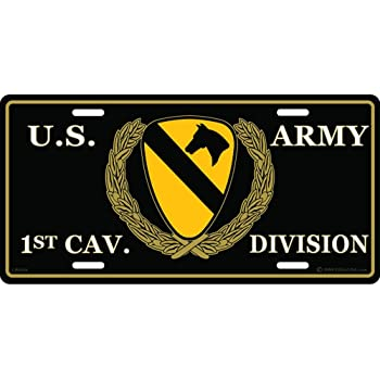 United States Army 1st Cavalry Div The First Team Automobile Metal License Plate Including Fastener Screws