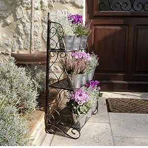 Das Plant Theatre (Traditionellen – Design) ? ein aus drei Stufen bestehendes Regal-Element für Kräuter und Topfpflanzen. Abbildung: Bronzefarbenes Metall.