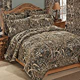 Realtree MAX-5 Camo 4 Pc Queen Size Comforter Bedding Set - Includes: (1 Queen Comforter & 2 Pillow Shams, 1 Square Accent Pillow) - Camouflage Bedding Hunting Bedroom