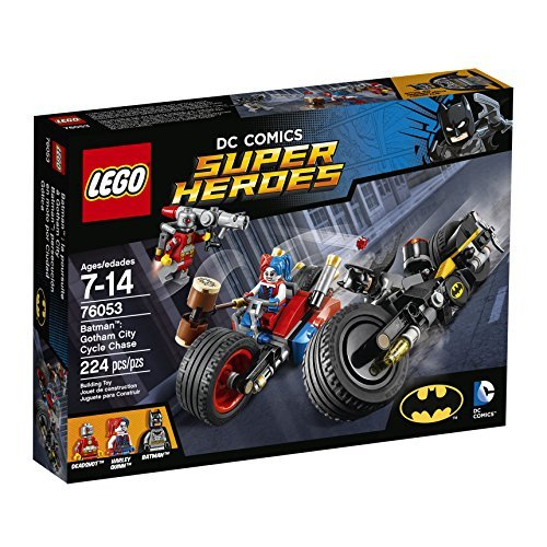 LEGO Super Heroes BatmanTM Color Gotham City Cycle Chase 76053by LEGO