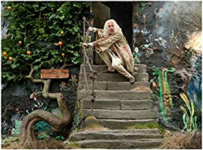 Harry Potter Rhys Ifans As Xenophilius Lovegood Cowering On Steps In Fear 8 x 10 Inch Photo