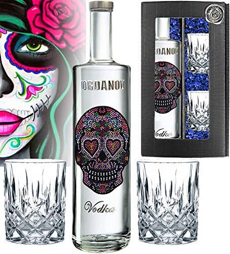 Prime Presents Geschenkset: Vodka Iordanov (0.7 l) | Edition Love Skull | inkl. 2 Tumbler-Gläsern! Experte, Genießer, Kenner