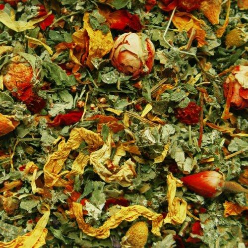 Kräutertee lose Sylter Himbeerblätter, Hagebutten, Brennnesselblätter, Brombeerblätter, Rosen, Apfel, Heideblüten, Kaktusblüten, Spitzwegerich, Rosenblüten, Kräuter Tee fruchtig-kräutrig 100g