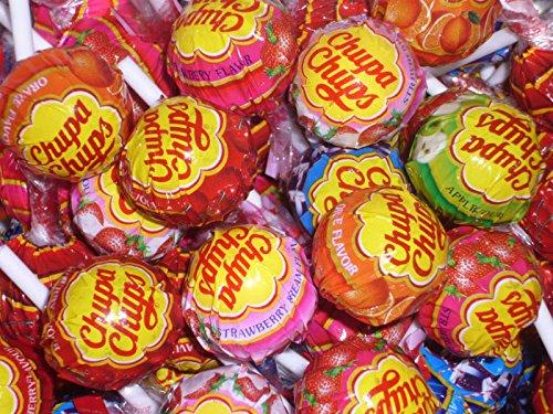 ChupaChups Lollipops, Paquete de 75 - Sabores Mezclados Que Incluyen Cola, Fresa y Fresa y Crema, Ideal para Rellenos de Bolsas de Fiesta.