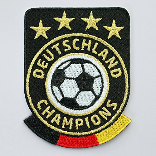 2 x Fussball Abzeichen gestickt 86 x 65 mm schwarz / Deutschland Champions Gold Stickerei / Aufbügler Aufnäher Sticker Patch / deutsch Fußball National Team Dress Trikot Flagge Fan Mannschaft Meister