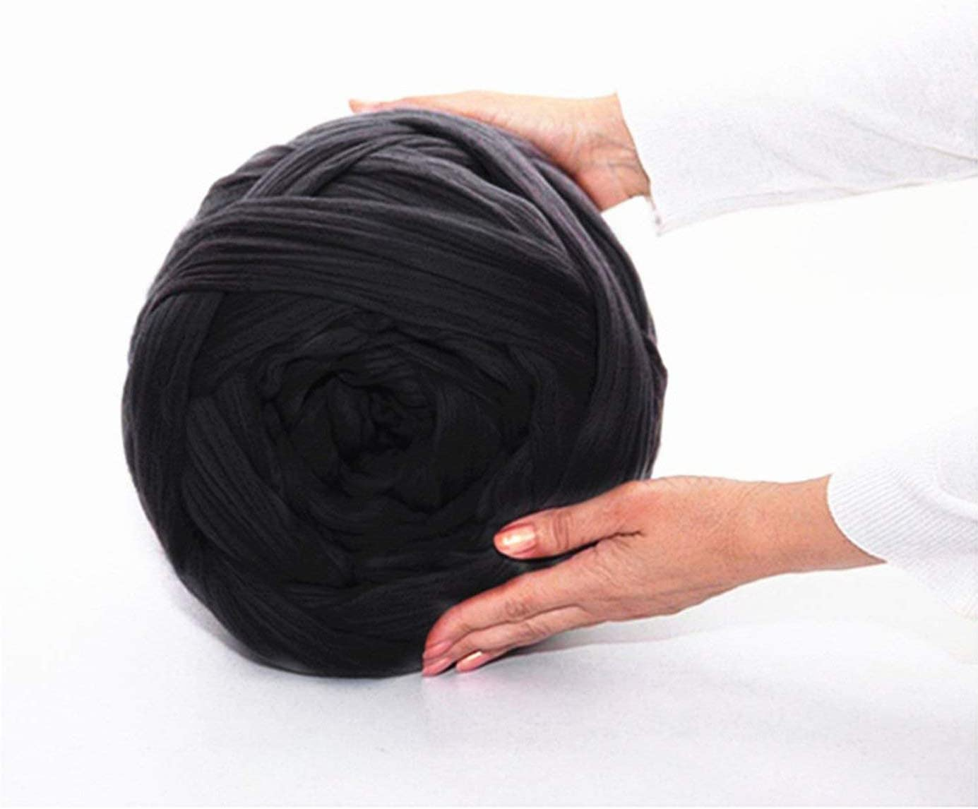 clootess Bulky Chunky Yarn Big Roving Wool for Hand Made Knitted DIY Sofa Bed Throw Blankets Beige 3 lbs = 1.36 kg