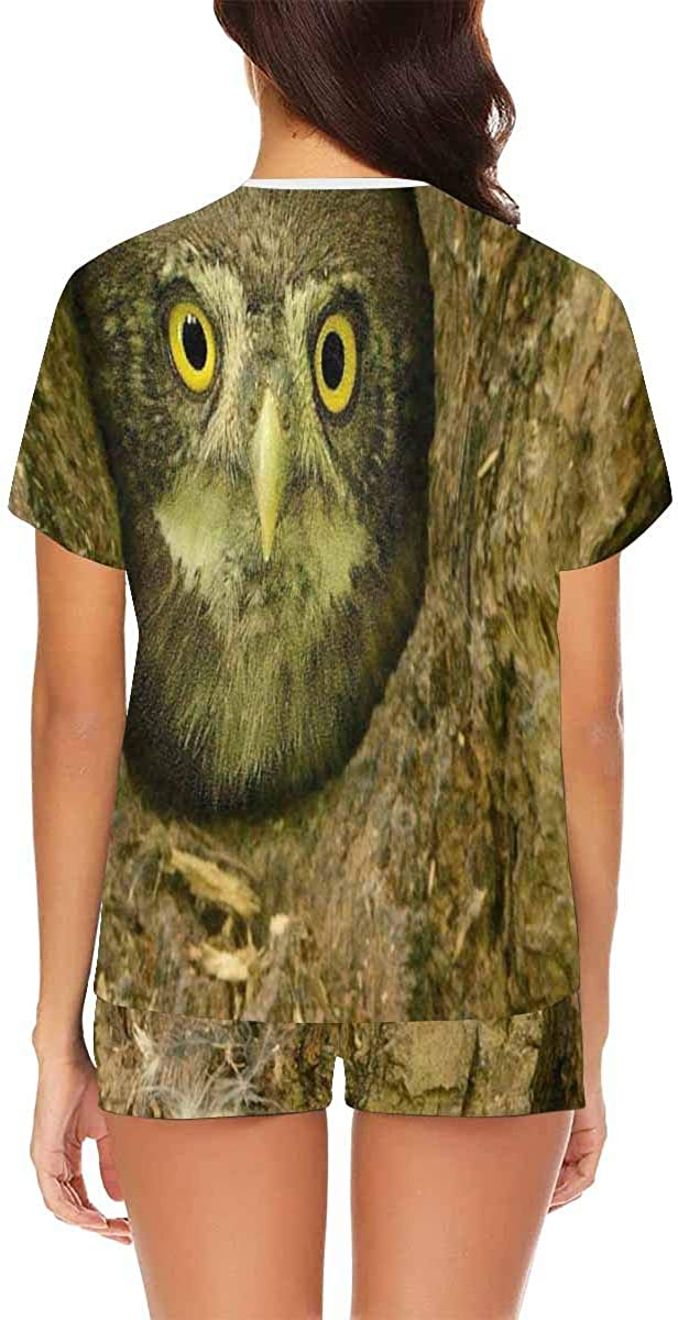 INTERESTPRINT Owl Looking from The Nest Hole Women's Pajamas Short Sets Round Neck Short Sleeve Sleepwear