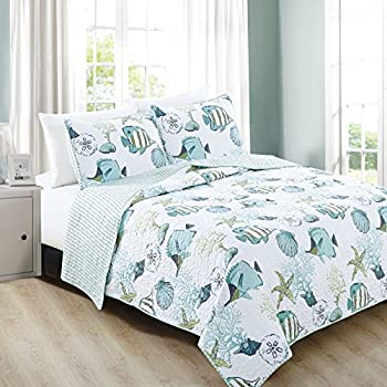 Great Bay Home 3-Piece Coastal Beach Theme Quilt Set with Shams Soft All-Season Luxury Microfiber Reversible Bedspread and Coverlet Seaside Collection  Full / Queen Multi