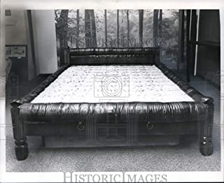 Historic Images - 1977 Press Photo Water Bed