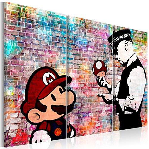 murando - Bilder Banksy Super Mario Mushroom Cop 90x60 cm Vlies Leinwandbild 3 Teilig Kunstdruck modern Wandbilder XXL Wanddekoration Design Wand Bild - Street Art Graffiti Urban Ziegel i-C-0100-b-e