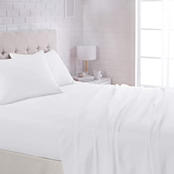 """AmazonBasics Lightweight Super Soft Easy Care Microfiber Sheet Set with 16"""" Deep Pockets - Queen, Bright White"""