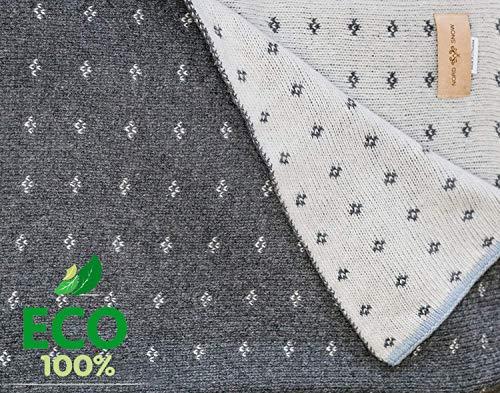 Zweiseitige sehr weiche gestrickte Babydecke aus ECO 100% Merino Schurwolle 80 cm x 100 cm