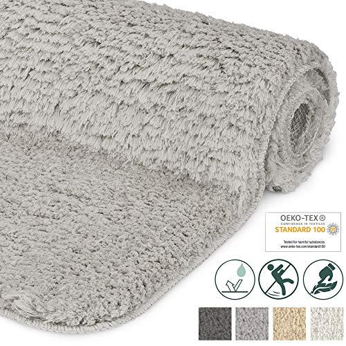 Beautissu Badematte rutschfest BeauMare FL Hochflor Teppich 80x50 cm Hell-Grau - WC Badteppich Flauschige Bodenmatte oder Badvorleger für Dusche, Badewanne und Toilette - für Fußbodenheizung geeignet