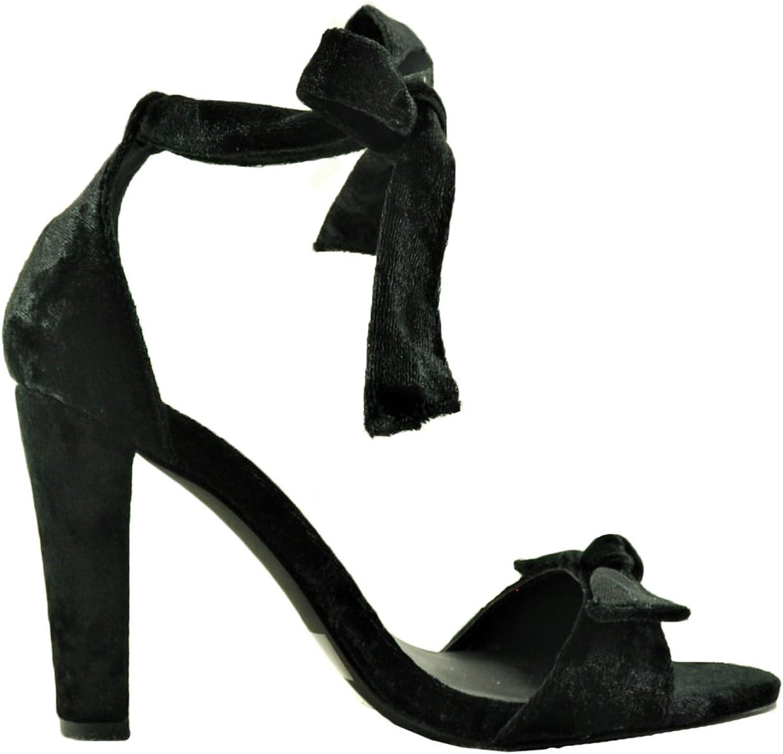 Qupid Goodney 01 Women's Velvet Ankle Wrap Heel